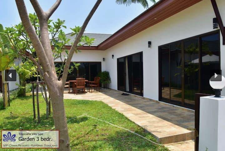 Tropicana Villa Garden 3 bedr
