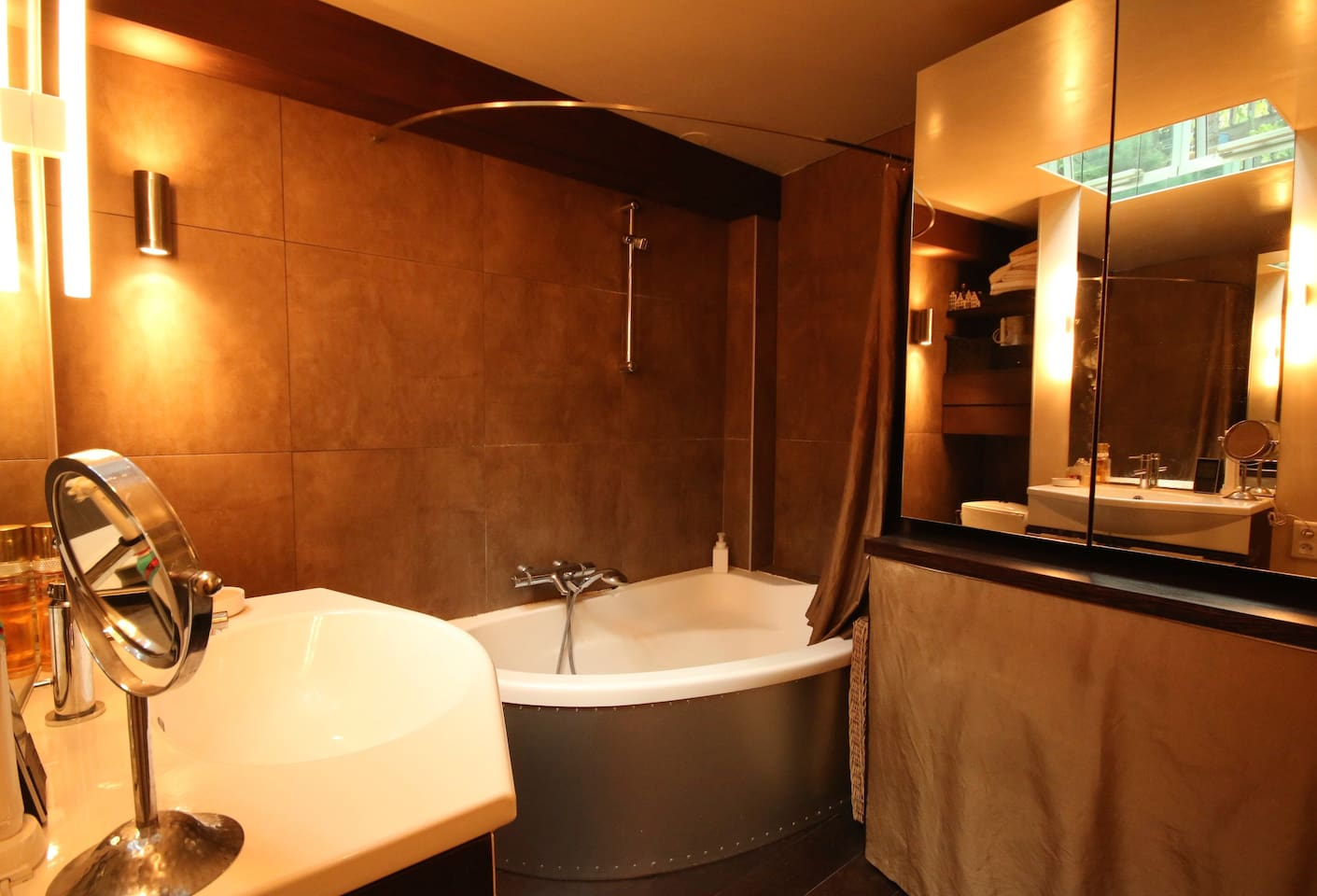 Shared ground floor bathroom
