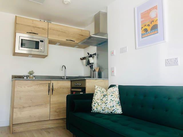 New 2 Bedroom Apartment