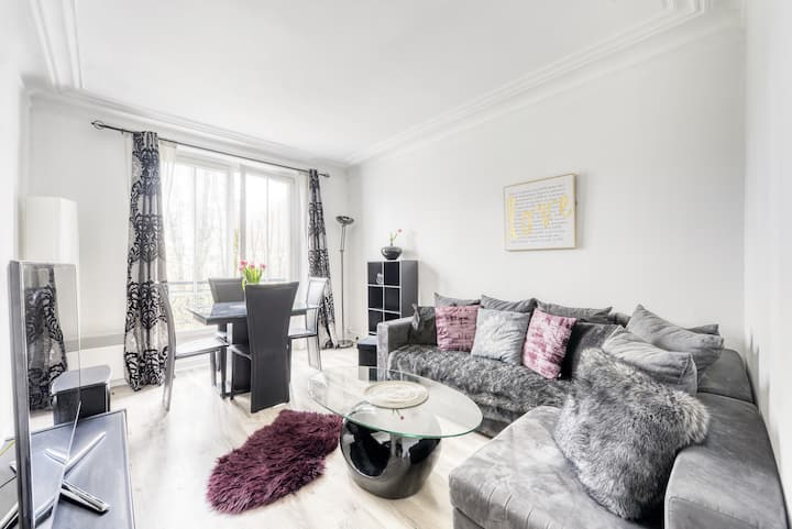 Bright and peaceful apartment near Beaugrenelle