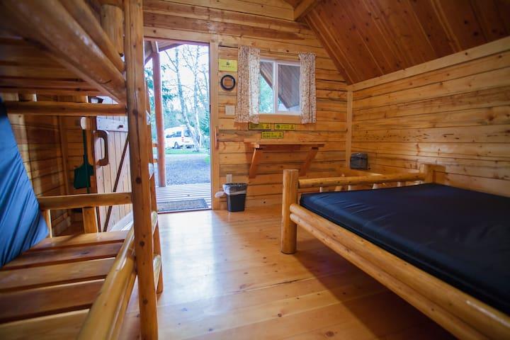 Cabin on Willapa Bay (BAY-K01)