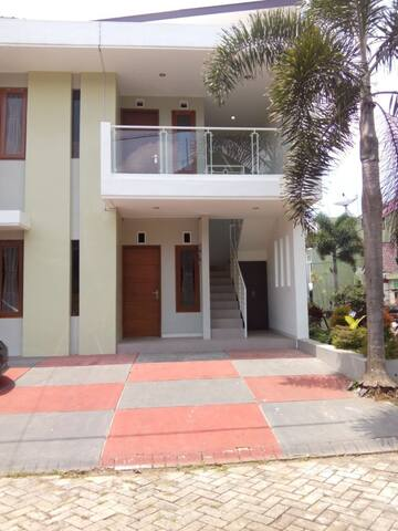 2 Bedroom Villa in Batu (IB)