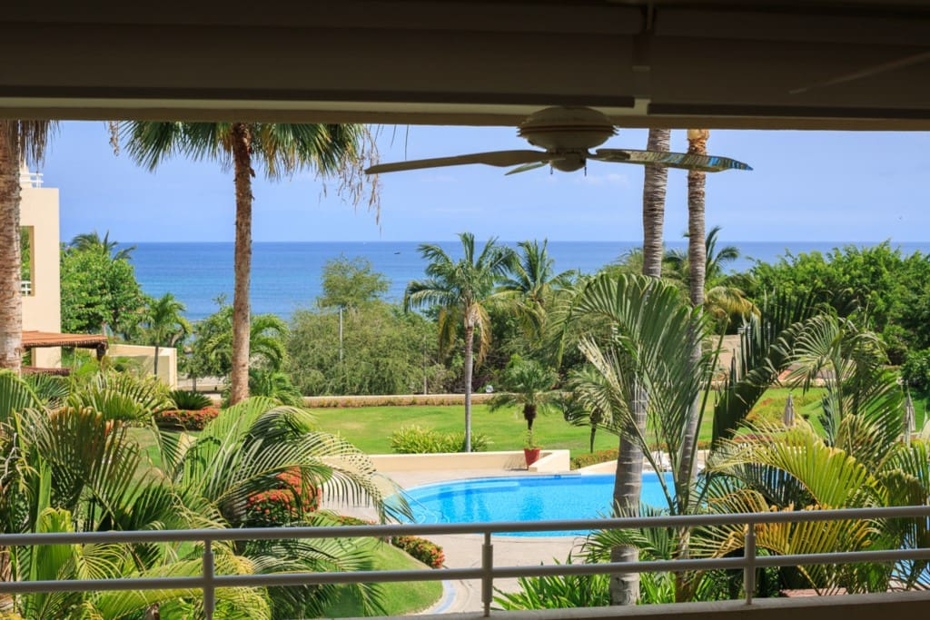 Views from balcony20160511_6021KV