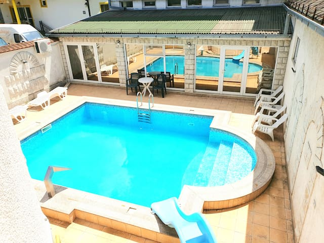 ❤Cosy Novi Sad loft,own POOL,Sauna, self check-in❤