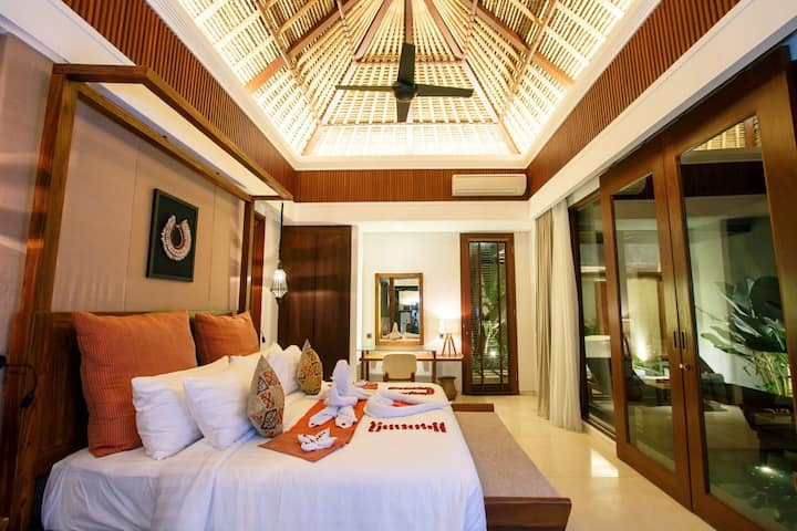 Comfy Three Bedroom Deluxe Pool in Bali Canggu!