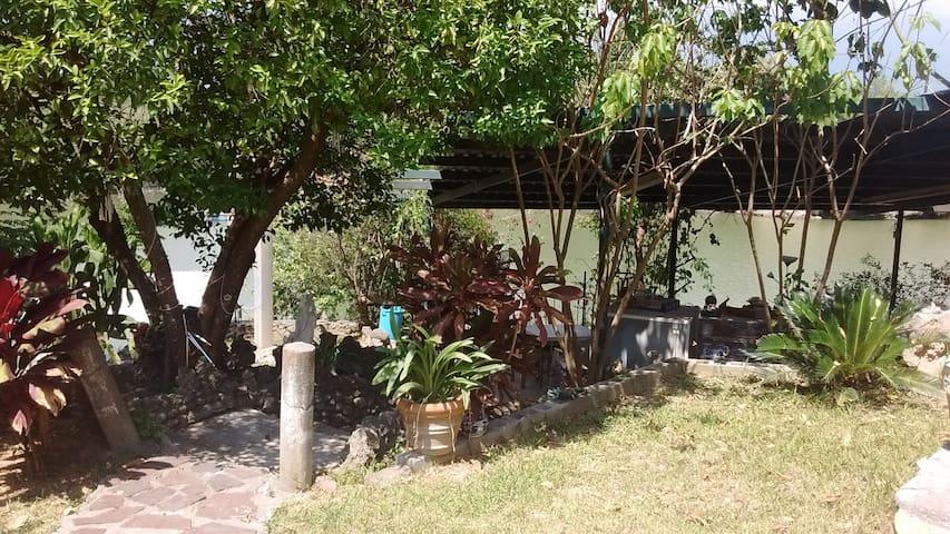 Vacaciones en Depa a la orilla de Presa de la Boca - Santiago