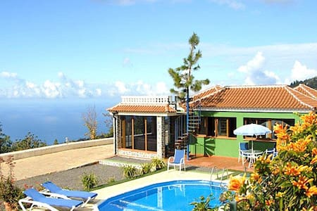 Casa Lina - one million dollar view - Tijarafe