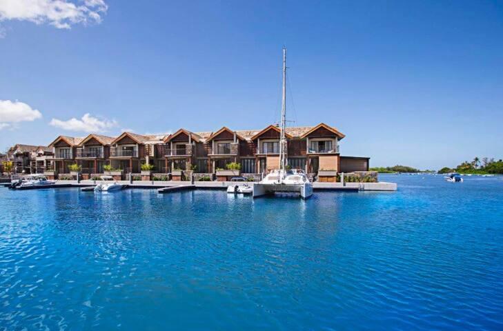 Tranquillité au bord de l'eau à La Balise Marina