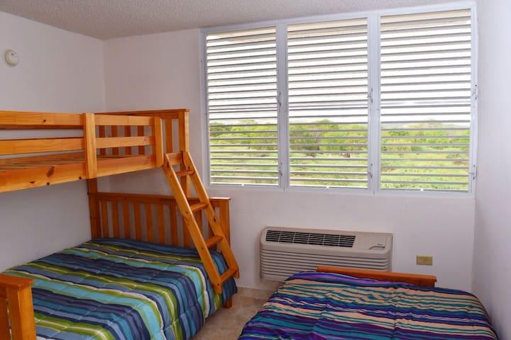Segunda habitacios/second room