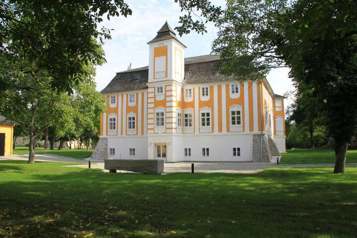 Unvergleichlicher Aufenthalt Schloss Wasserhof 1