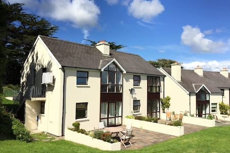 34 The Moorings - Schull