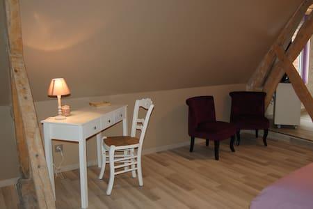 Chambre Romantique - Liettres
