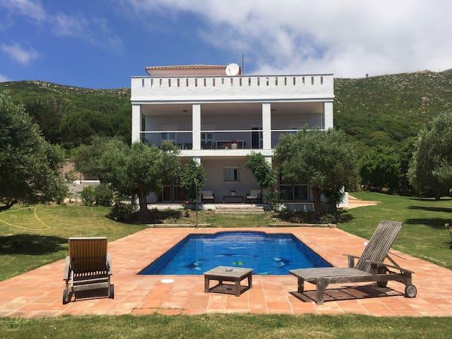 Villa de Lujo en Tarifa - Piscina y Jardines - Tarifa - House