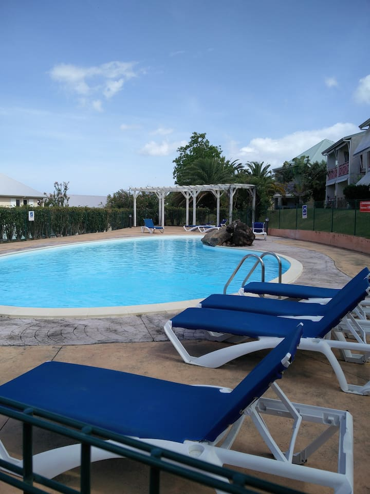 piscine semi privative