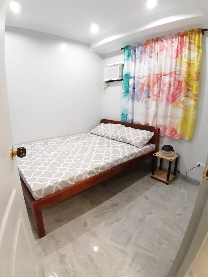 Mistow Room A in Dumaguete close to Airport