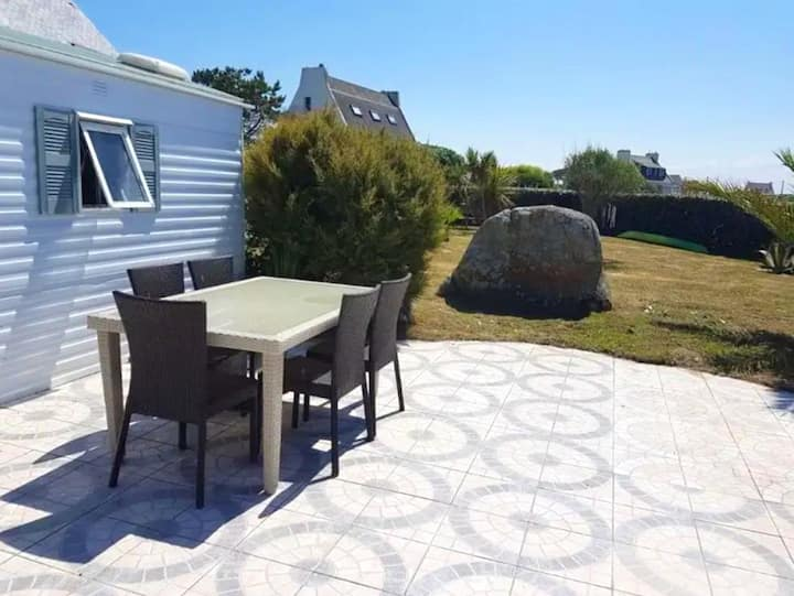 Property with 2 bedrooms in Kerlouan, with furnished garden - 100 m from the beach