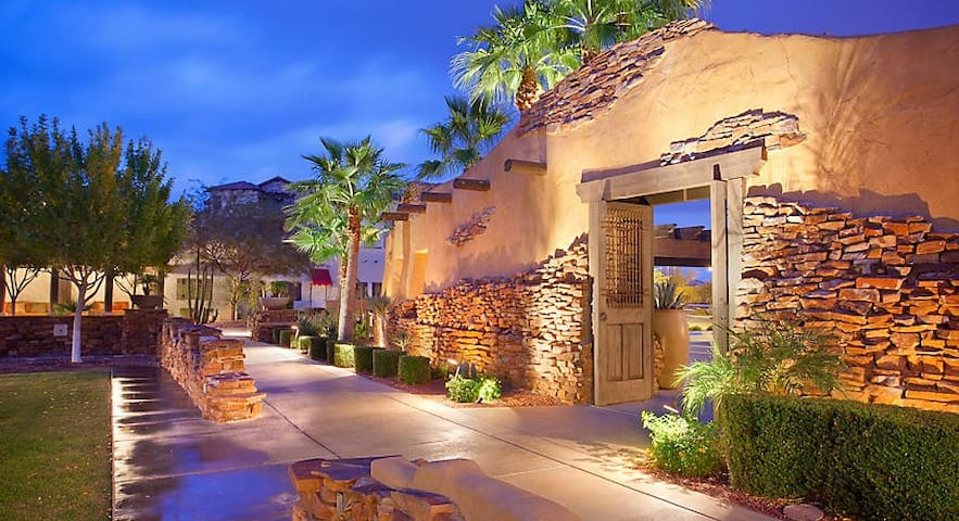 CIBOLA VISTA RESORT 1 BEDROOM SUITE - SLEEPS 4