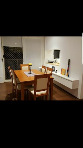 private room near the beach! - Dee Why - Appartement
