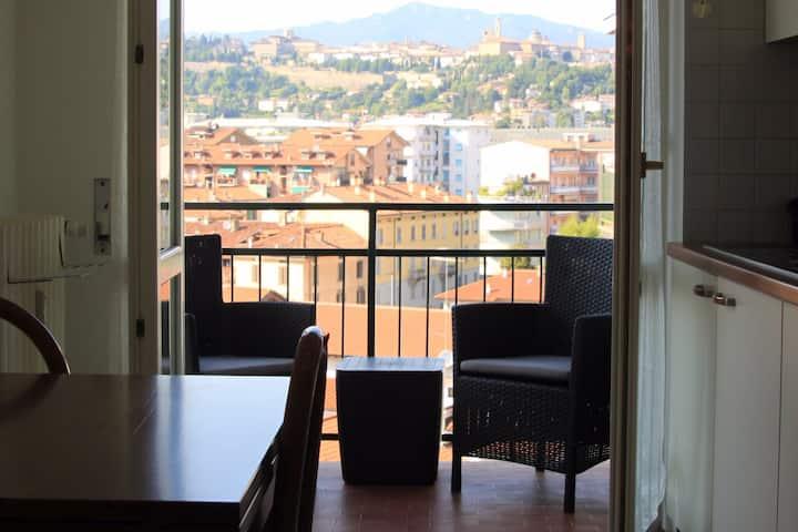 H.H. Bellavista... a window on Upper Town!