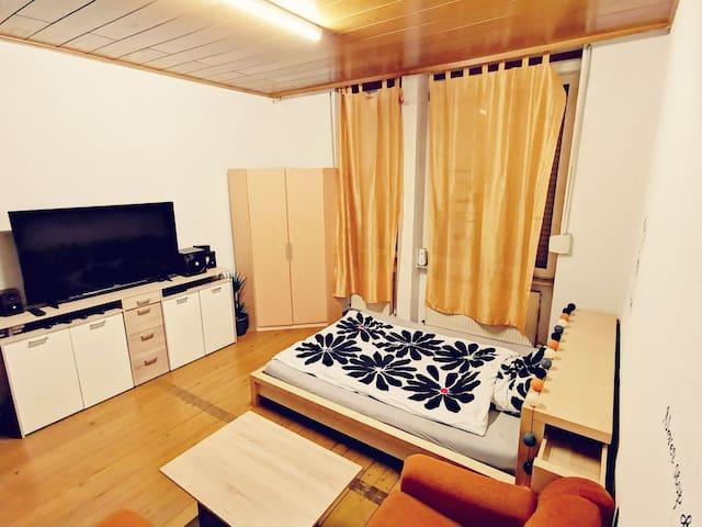 1 Zimmer Wg in Ludwigshafen Hemshof