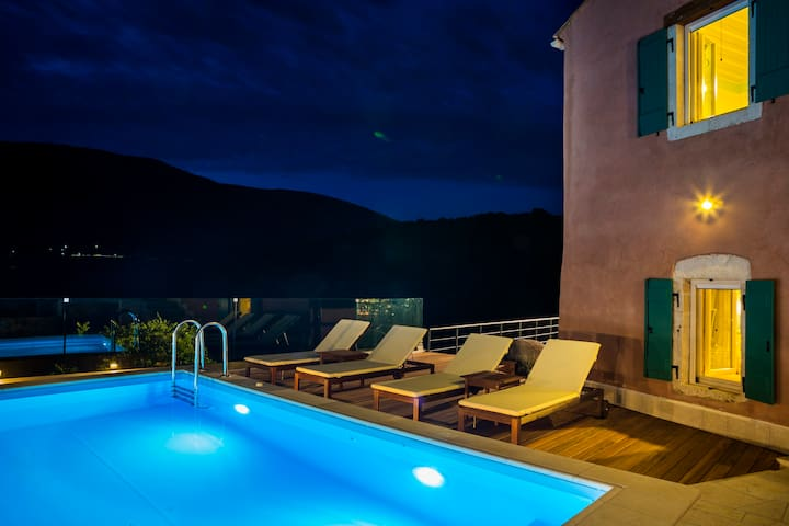 VILLA VADA!Unique Villa In The Unspoiled Kefalonia