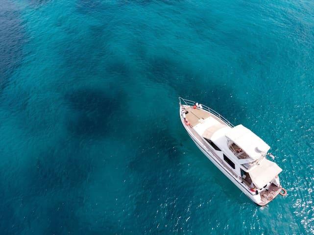 Private yacht Seahawk Phuket