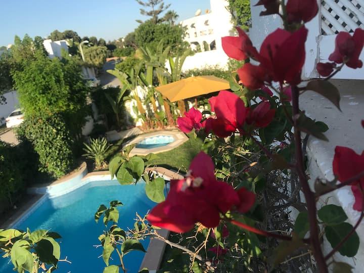 Villa de charme avec joli jardin. Quartier calme