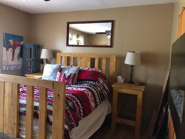 Whitetail Room, Labrador Mountain House