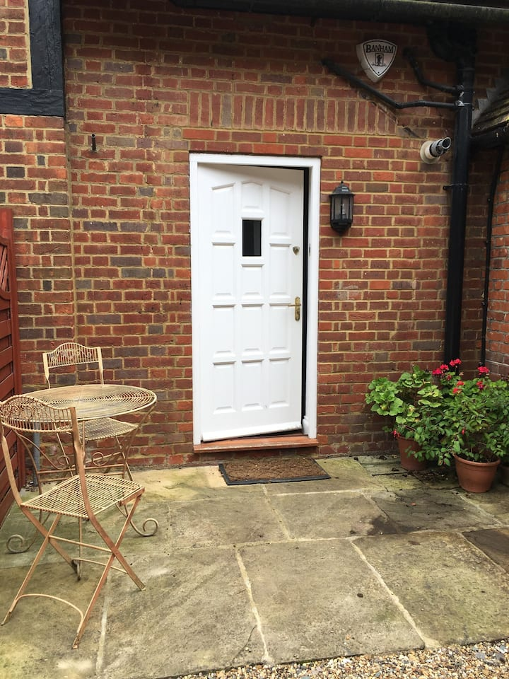 Charming 2 bedroom property in the heart of Taplow