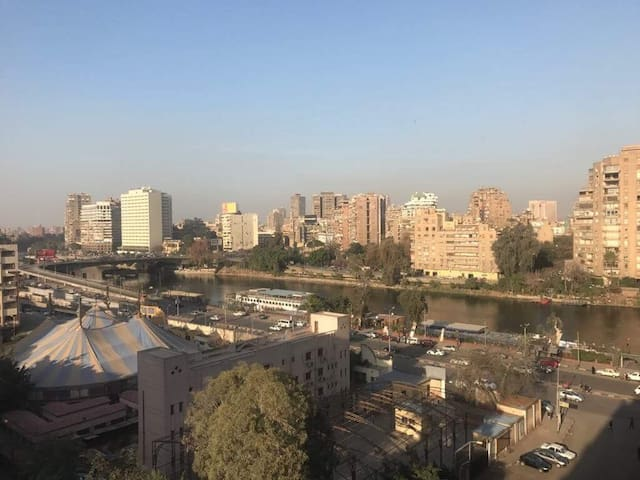 Agouza Nile View Apartment Madinet Al Eelam