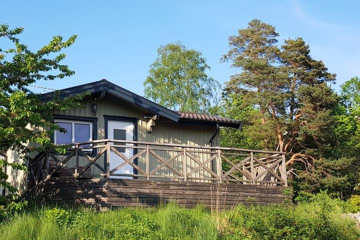 Stuga med havsutsikt i Ljungskile, Bohuslän