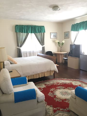 Beautiful Large Room Near Bethel and Villa Roma#3