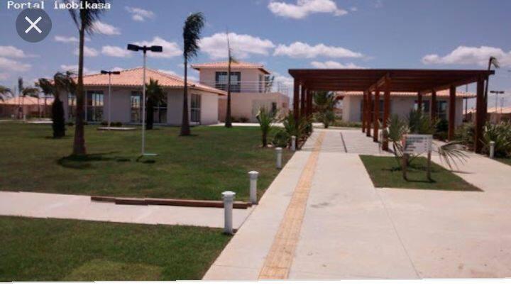 Casa aconchegante em condomínio privado e seguro