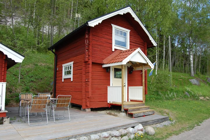 Fantastic guest house by the lake in Svedje, Gideå