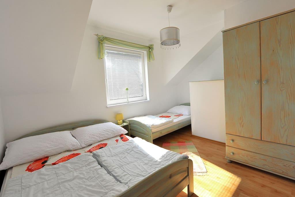 Jedna z sypialni.