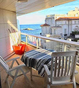 Beau Studio - terrasse standing face plage Miramar