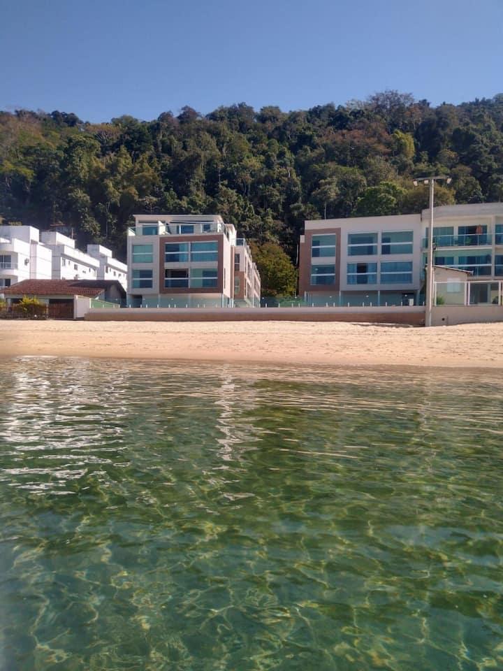 Flat na Praia Grande, Netflix, lindas ilhas e paz.