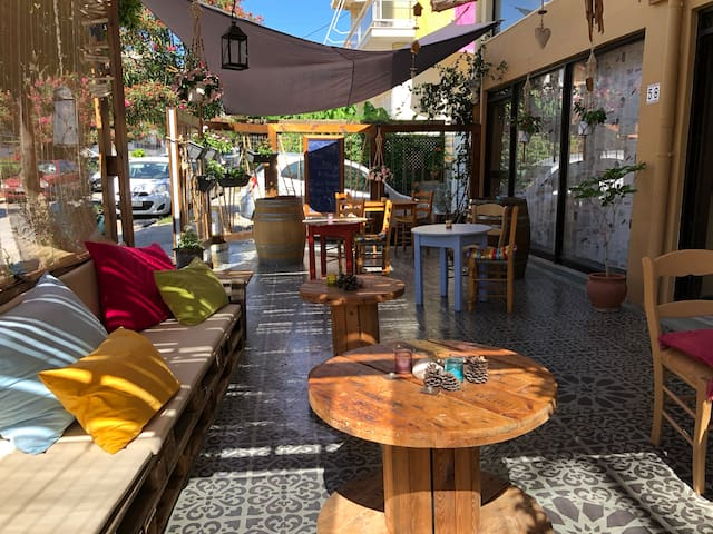 Rodos backpackers boutique Hostel