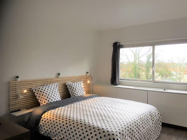 Appartement design tout confort (Parking sécurisé)