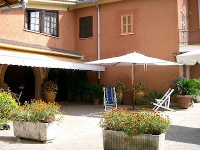 Bed and breakfast in Velletri near Roma