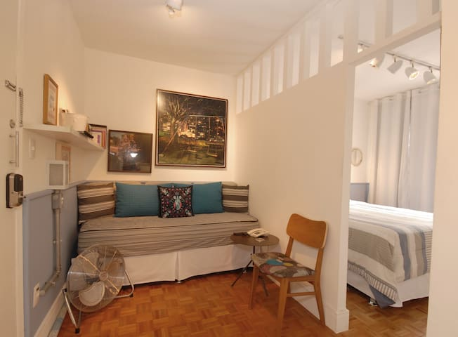 Charming studio near Paulista Av and Augusta St