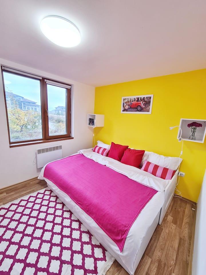 Elegant apartment near Gondola