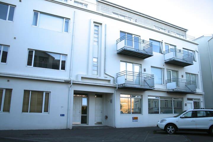 Studio with balcony - 301