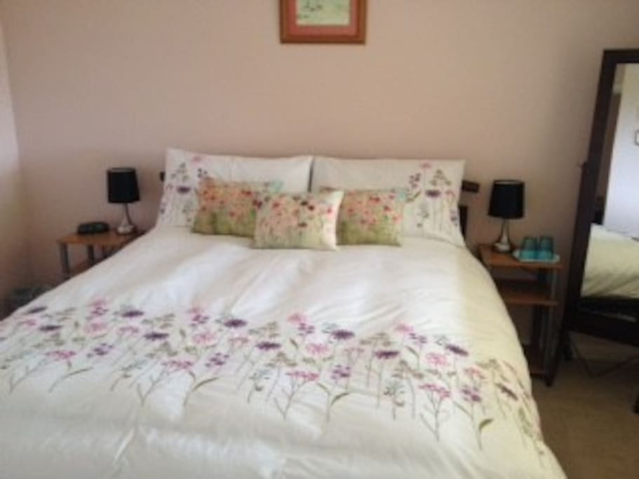Large comfy queen size bed