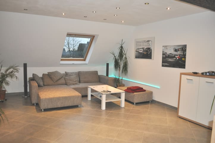 Duplex apartment with garden near Venlo and forest - Brüggen - Byt