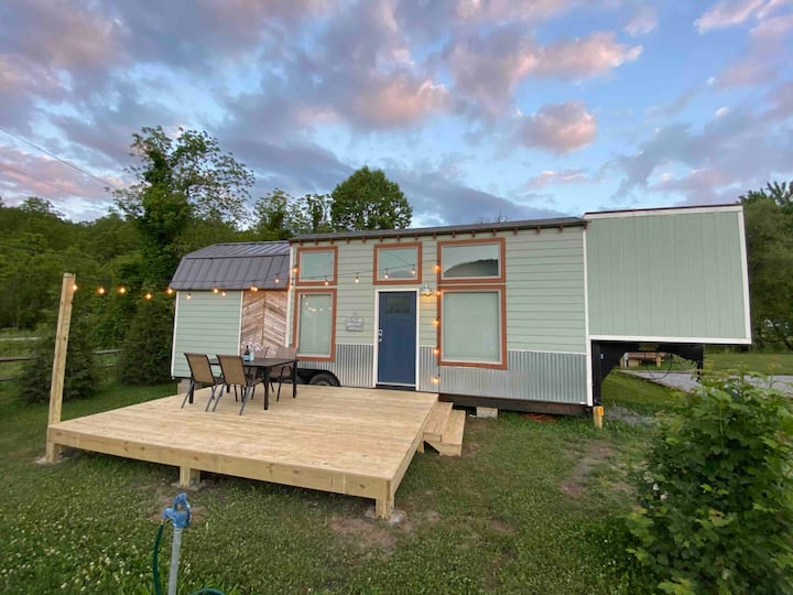 Junior Mint @ Acony Bell Tiny Home Village