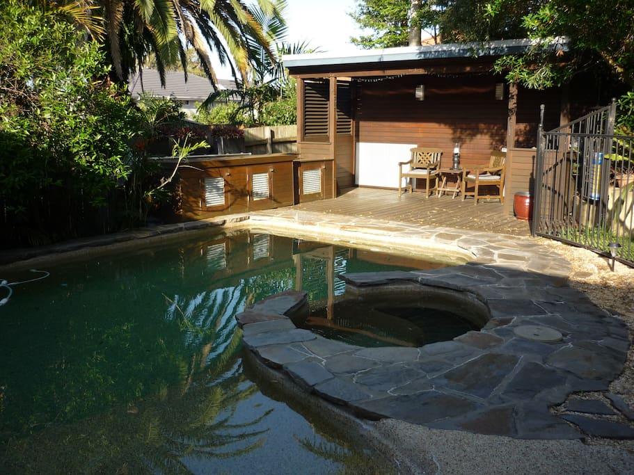 Child friendly pool