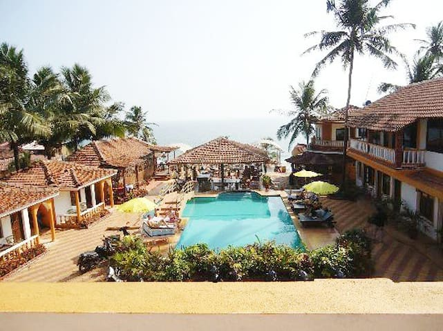 Chiling Stay  in 4* Hotel - Anjuna Beach ACR