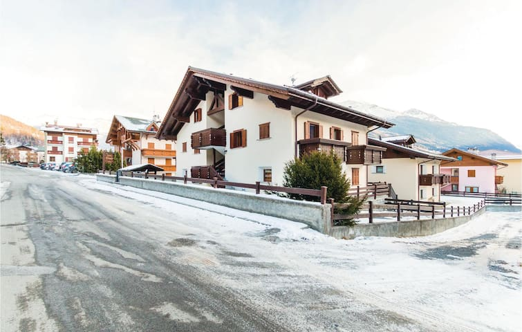 Holiday apartment with 2 bedrooms on 55m² in Bormio (SO)