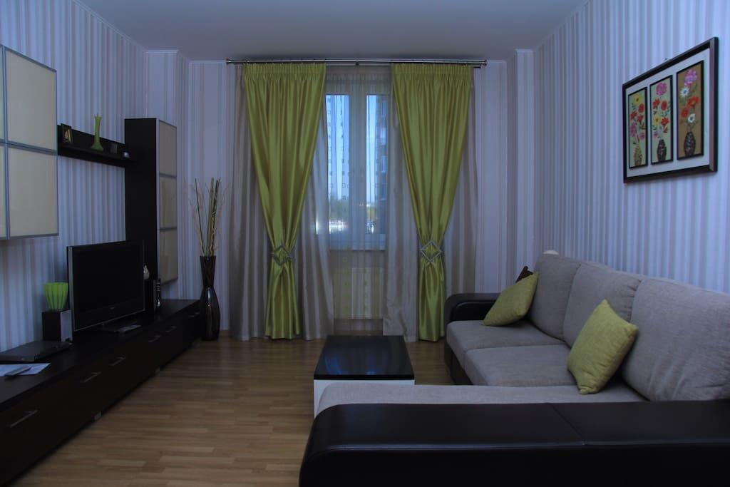 Гостиная и ТВ